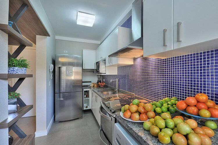 pastilhas de vidro cozinha pequena bender arquitetura 82607
