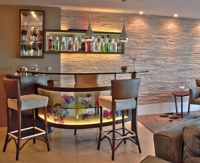 pedras decorativas parede bar e sala de estar janete rangel 54971