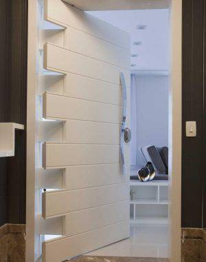 portas de madeira entrada erica salguero 2648