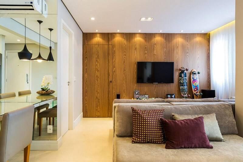portas de madeira sala de estar painel by arquitetura 36070