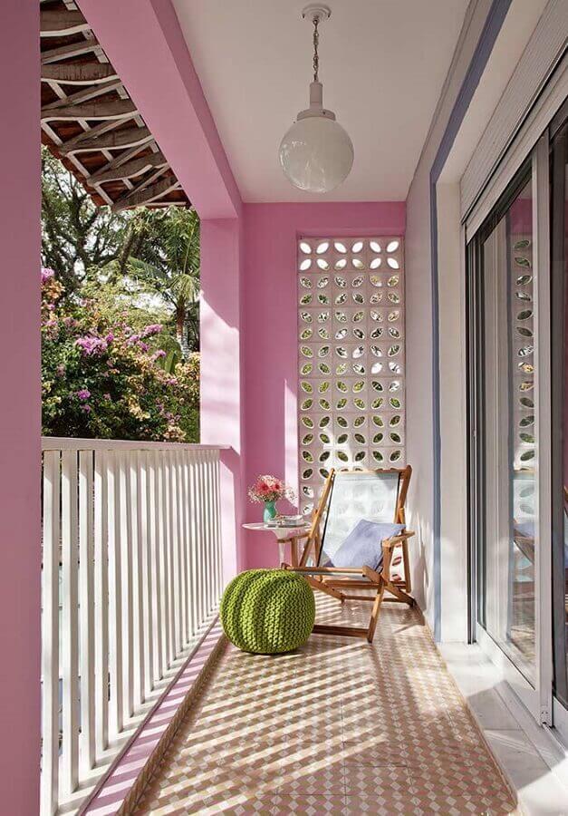 varanda decorada com cobogó branco Foto Viviana Reis Design de Interiores