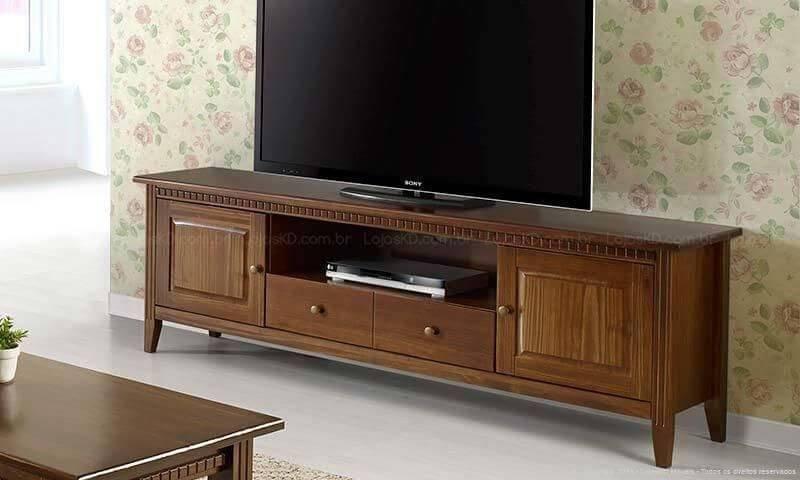 Rack para TV com design rústico