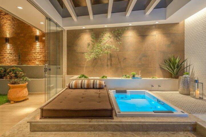Spa em casa com luz interna Foto de Campo Grande News