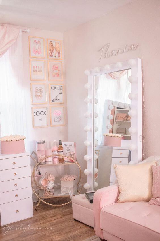 Closet pequeno com espelho camarim de chão