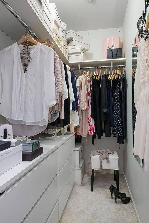 closet pequeno e barato de corredor