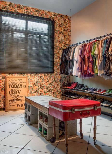closet pequeno e barato de tijolos