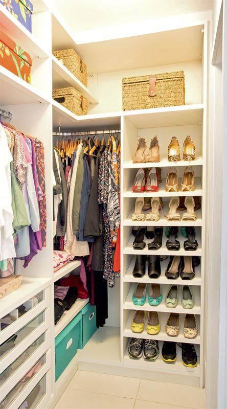 closet pequeno e barato estreito