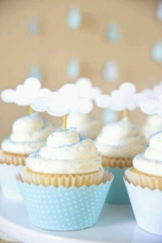 cupcake decorado para chá de bebê com nuvem Foto We Heart It