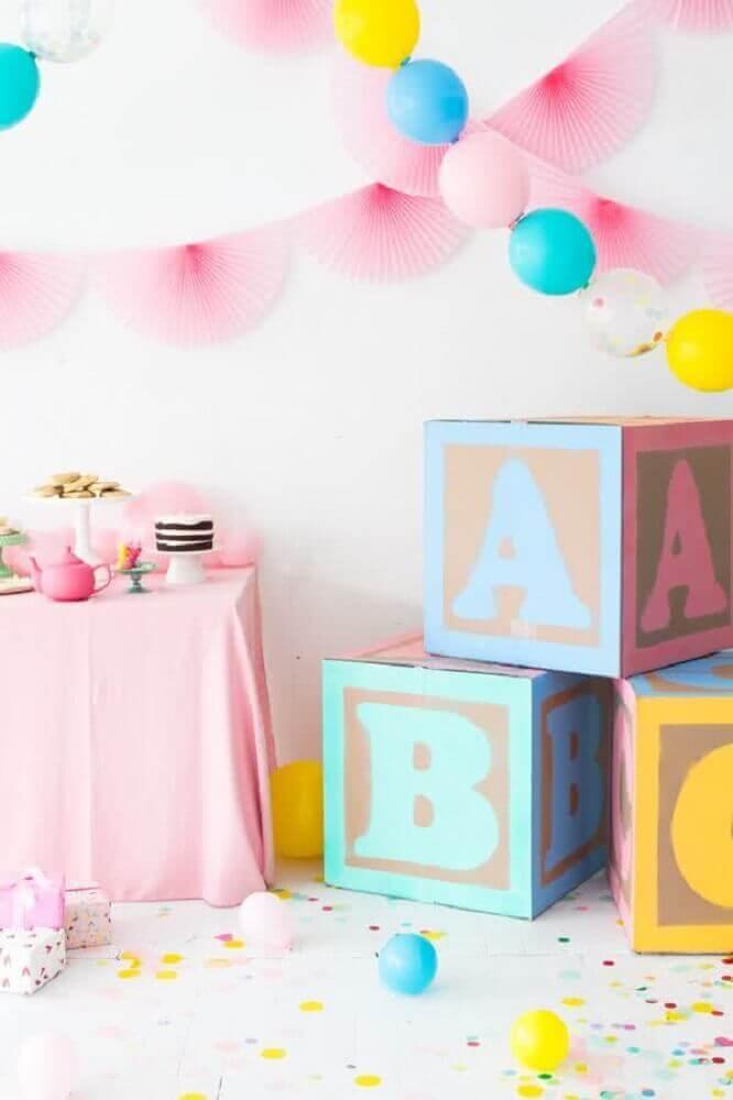decoração colorida para chá de bebê Foto Asset Project