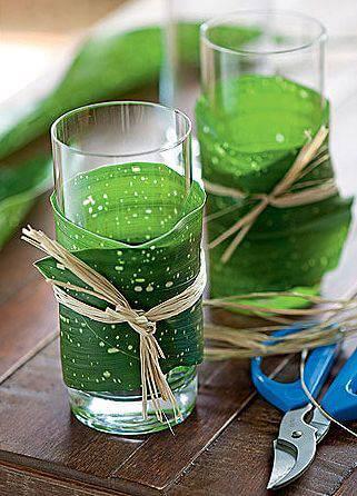 decoracao de festa copos com folha e palha