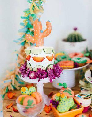 decoracao de festa mexicana colorida bolo cacto