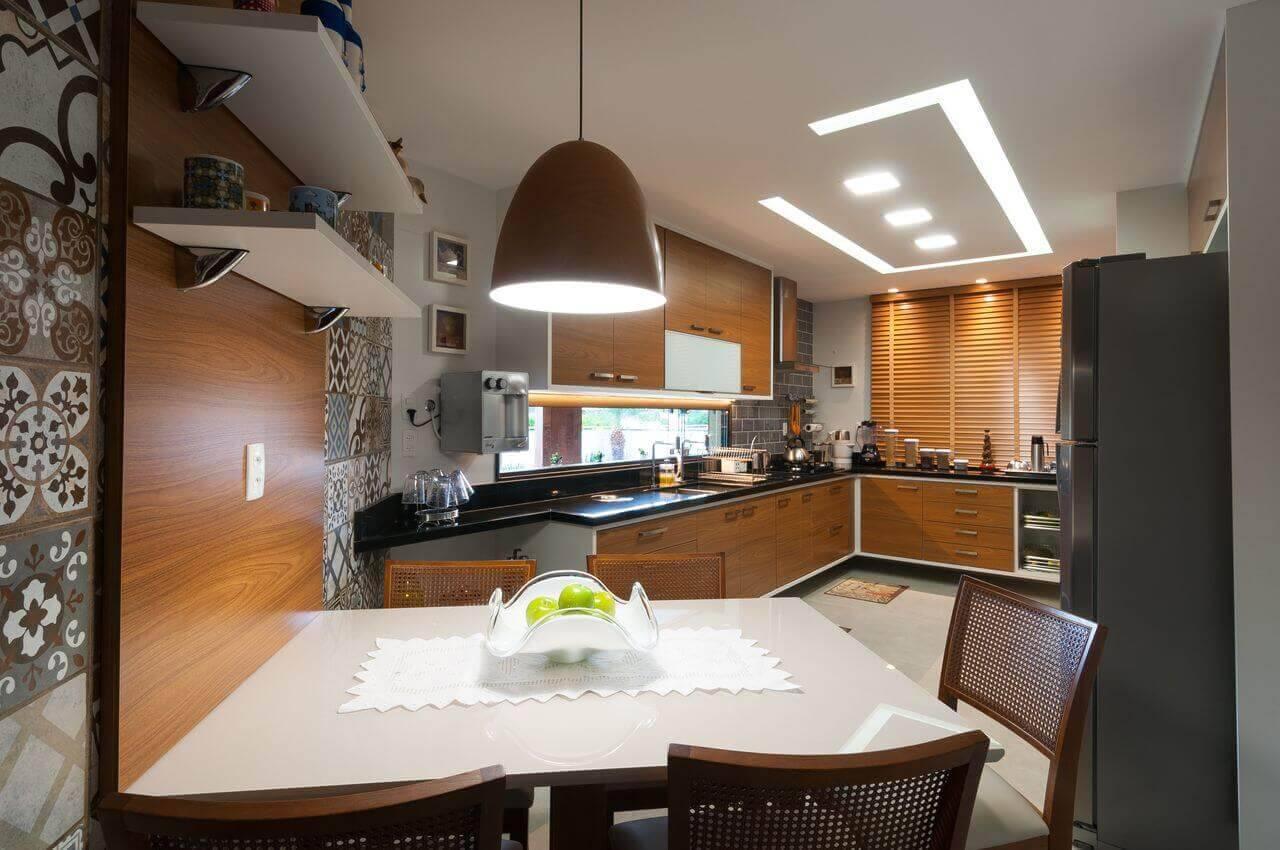 lampadas de led cozinha grande com gesso bernal projetos 142188