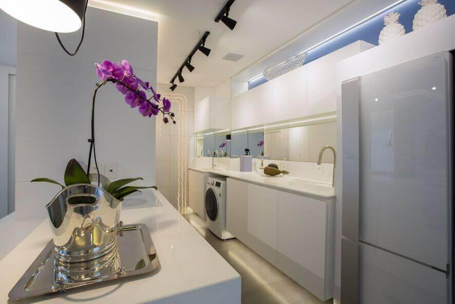 lampadas de led cozinha integrada branca maira ritter 134909
