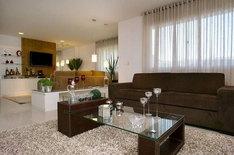Mesa de centro fita de vidro e couro