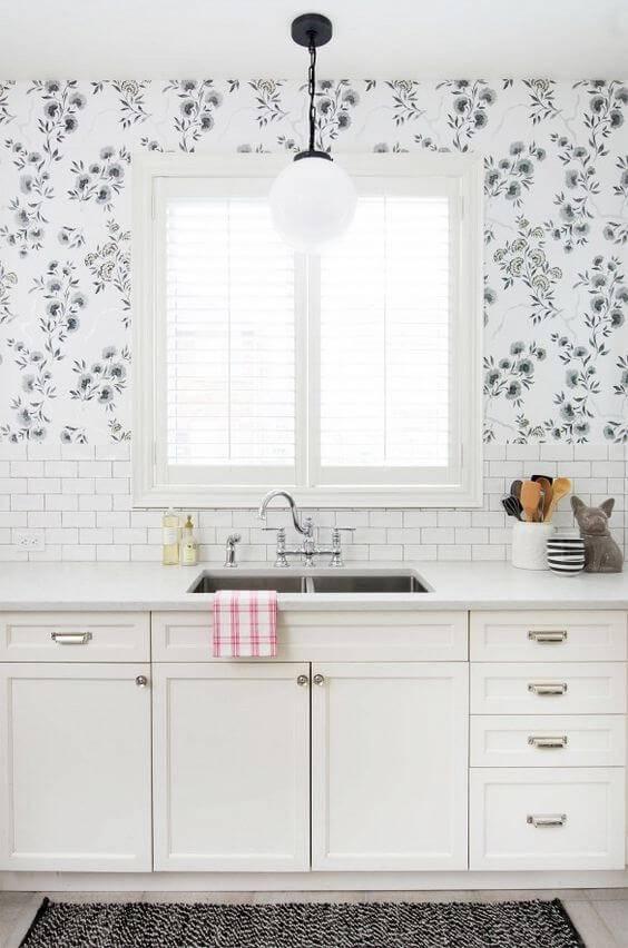 papel de parede para cozinha floral com fundo branco