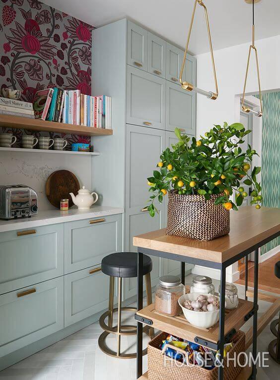papel de parede para cozinha flores grandes armarios cinza