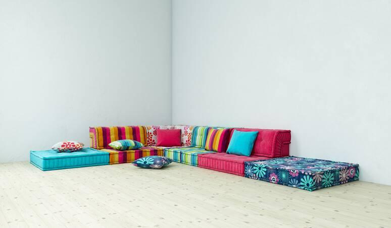 quarto hippie com sofa