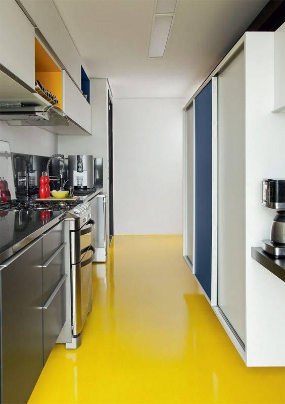 resina epoxi amarela cozinha pequena