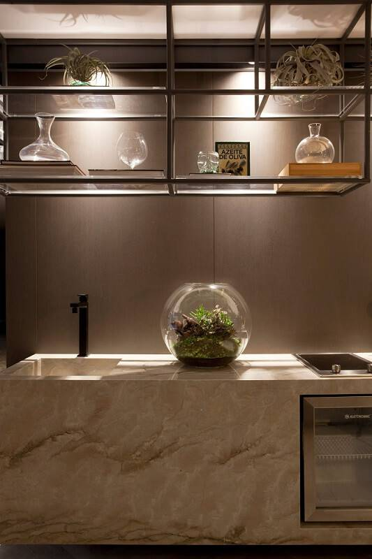 terrario na cozinha com prateleira sandra moura 143925