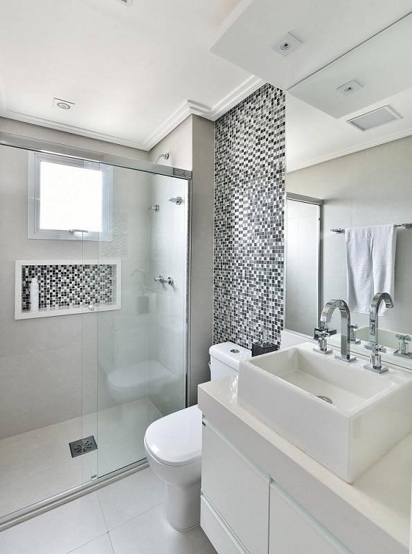 apartamento decorado banheiro com pastilhas cinza tetriz arquitetura 156493