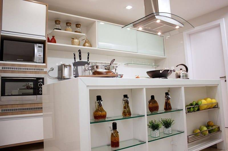 apartamento decorado cozinha com balcao central larissa vinagre 44412
