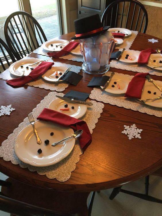 arranjos de natal para mesa bonecos de neve criativos