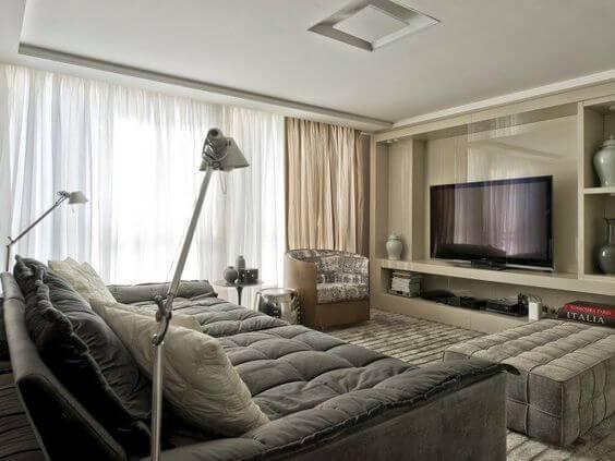 cinema em casa com sofa grande