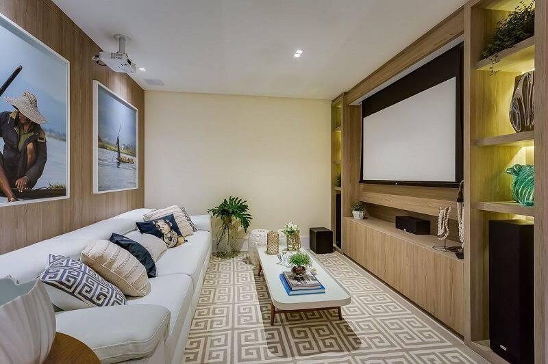 cinema em casa com tela de projetor escritorio renata pisani arquitetura 141670