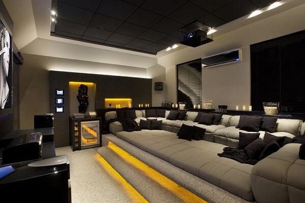 Projeto luminotécnico diferenciado para a sala de cinema