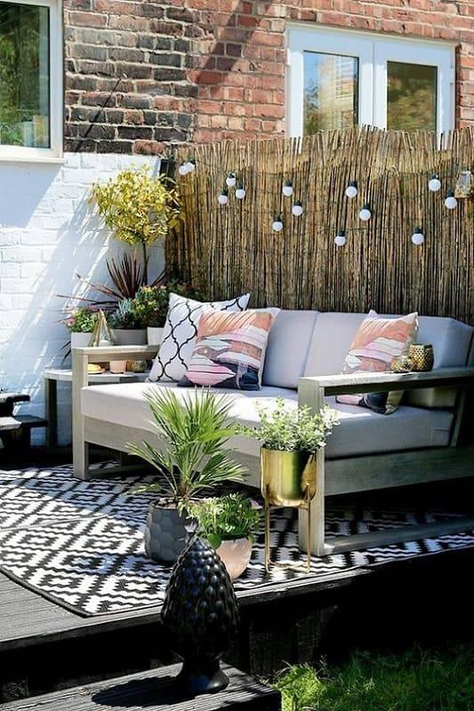 moveis para jardim sofa com vasos