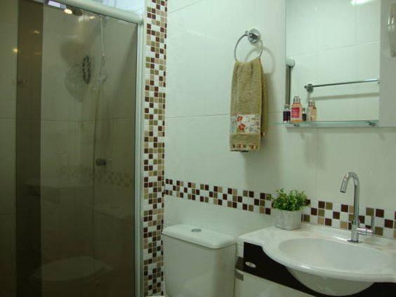 revestimento para banheiro pastilha adesiva marrom