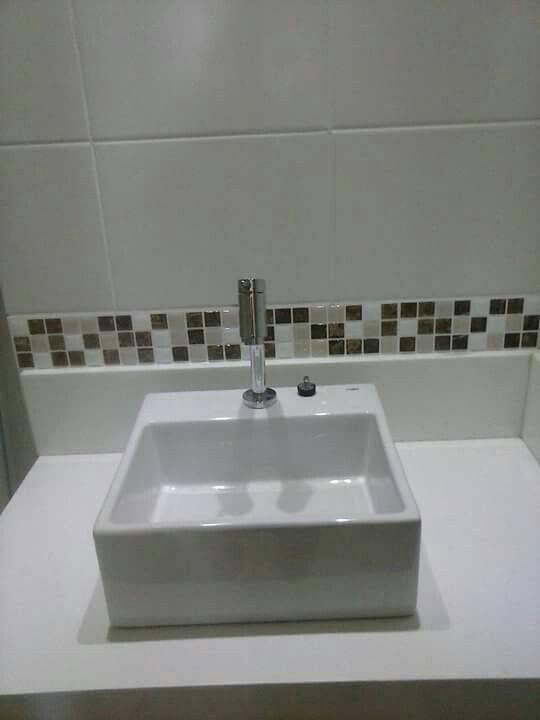 revestimento para banheiro pastilhas adesivas neutras