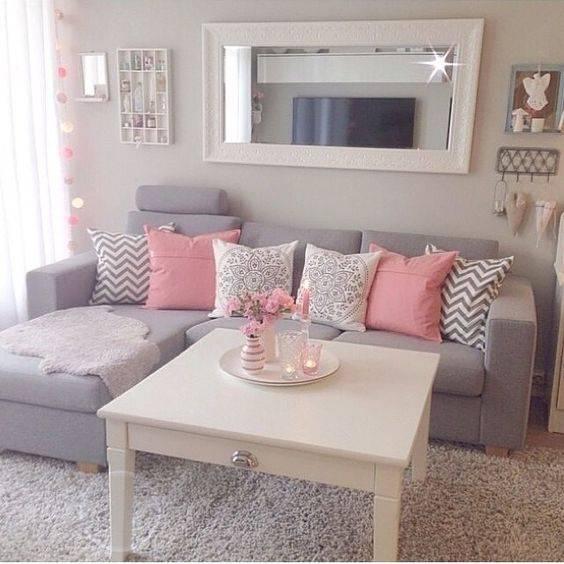 tons pasteis sala de estar cinza e rosa