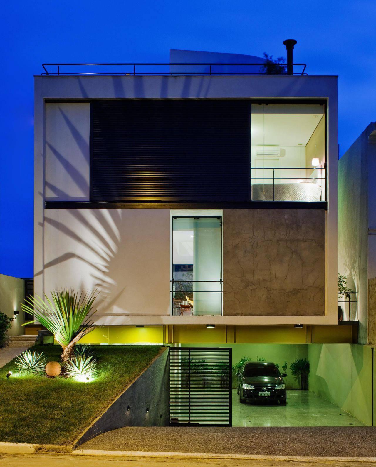 Fita led moderna e pr tica 40 modelos e dicas para a for Fachadas de casas modernas a desnivel