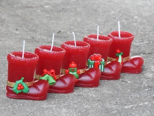 Lembrancinha de natal vela com botinha vermelha