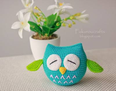 amigurumi azul Coruja de Crochê