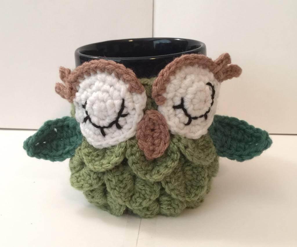 cachepô coruja de crochê mug-cozy