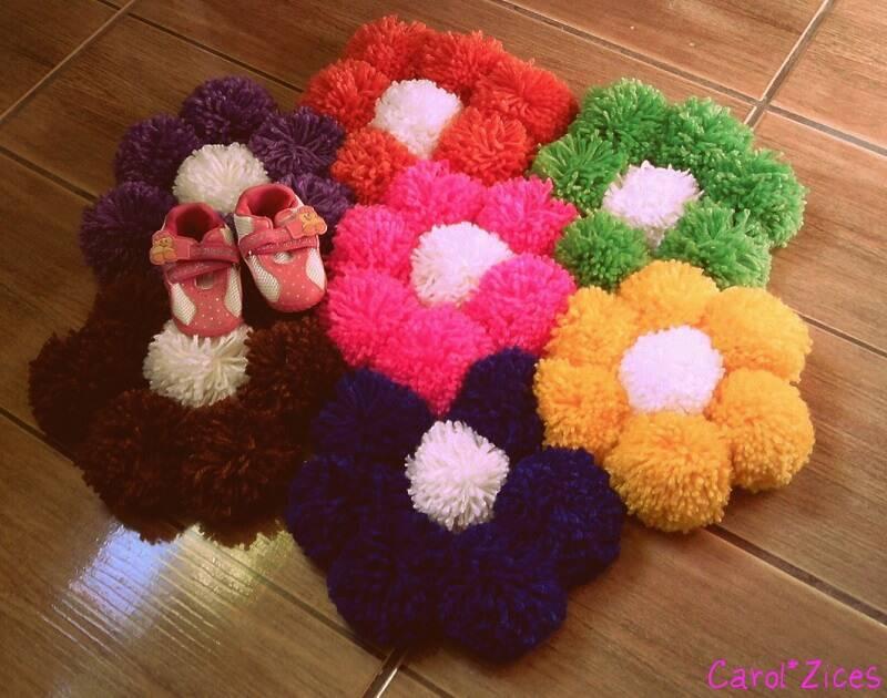 como fazer tapete de pompom flores