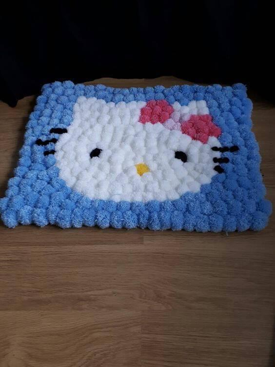 como fazer tapete de pompom hello kitty