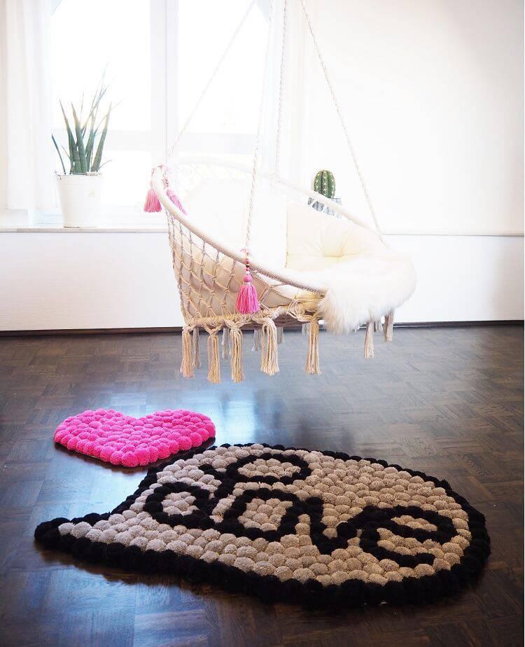 como fazer tapete de pompom love