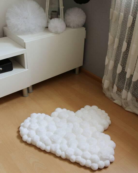 como fazer tapete de pompom nuvem