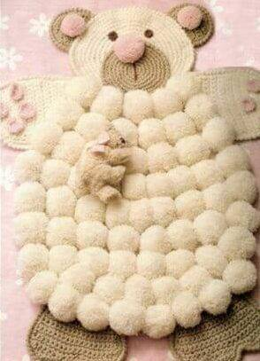como fazer tapete de pompom urso