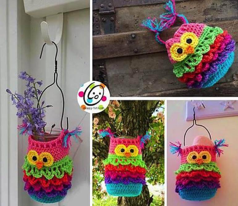colorida coruja de crochê