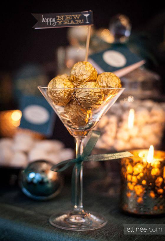 decoração de ano novo taca com bombons