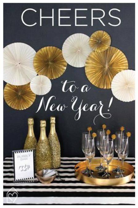 30+ Modelos de Decoraç u00e3o de Ano Novo para Fazer em Casa # Decoração De Ano Novo Simples E Barata