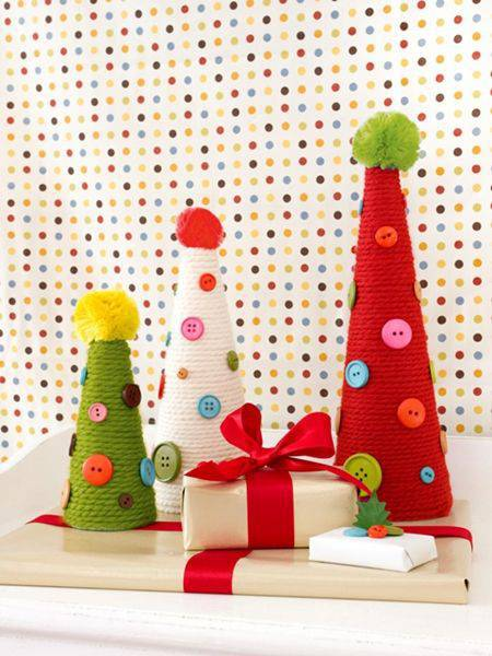enfeite de natal reciclado cone com la e botoes