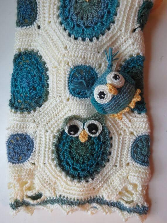 pano azul de Coruja de Crochê