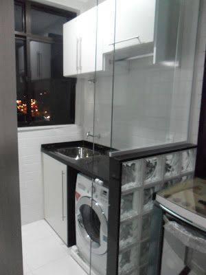 porta de vidro divisao lavanderia pequena