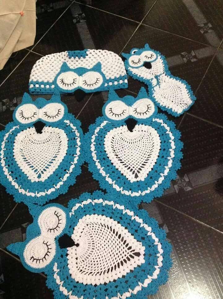 tapete para banheiro de coruja de crochê azul