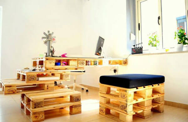 Artesanato em madeira para decoração de ambiente